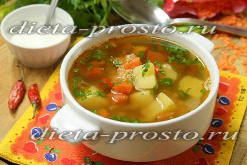 Суп на курином бульоне с красной чечевицей