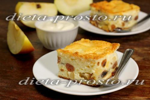 Творожное суфле с яблоками и изюмом